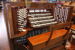 church-pipe-organ-6138